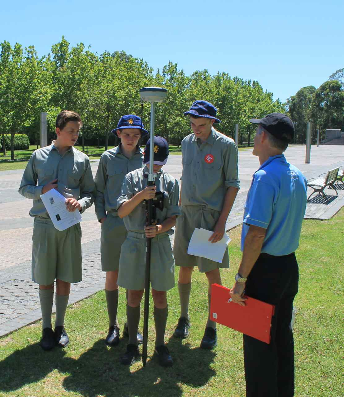 students get hands on technology at the maths in surveying we hope this event will help students see how exciting careers in surveying can be and encourage them to keep going maths through hsc to meet uni